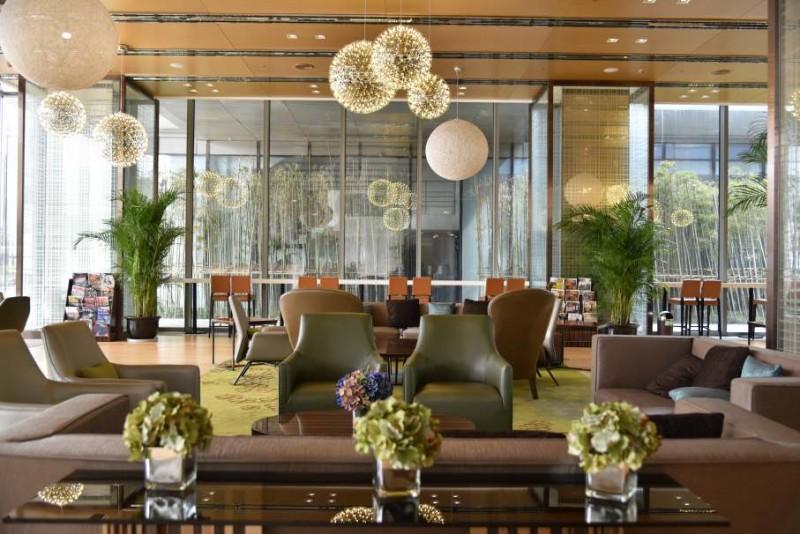 現代室內設計如何使用綠色植物來增添活力感?