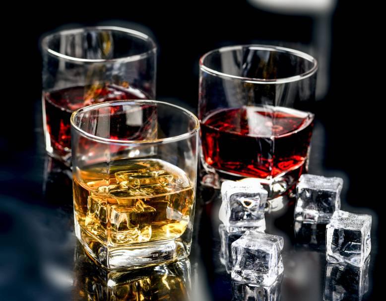 只需幾分鐘看完文章!即可快速估價你家的老酒價值!